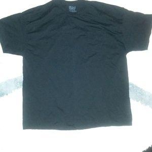 Gildan dry blend black tshirt with front pocket